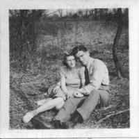 Gayle & Zona VandeBerg, 1940s.jpeg