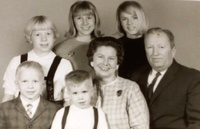 Mary and John Miller Family circa 1965.JPG